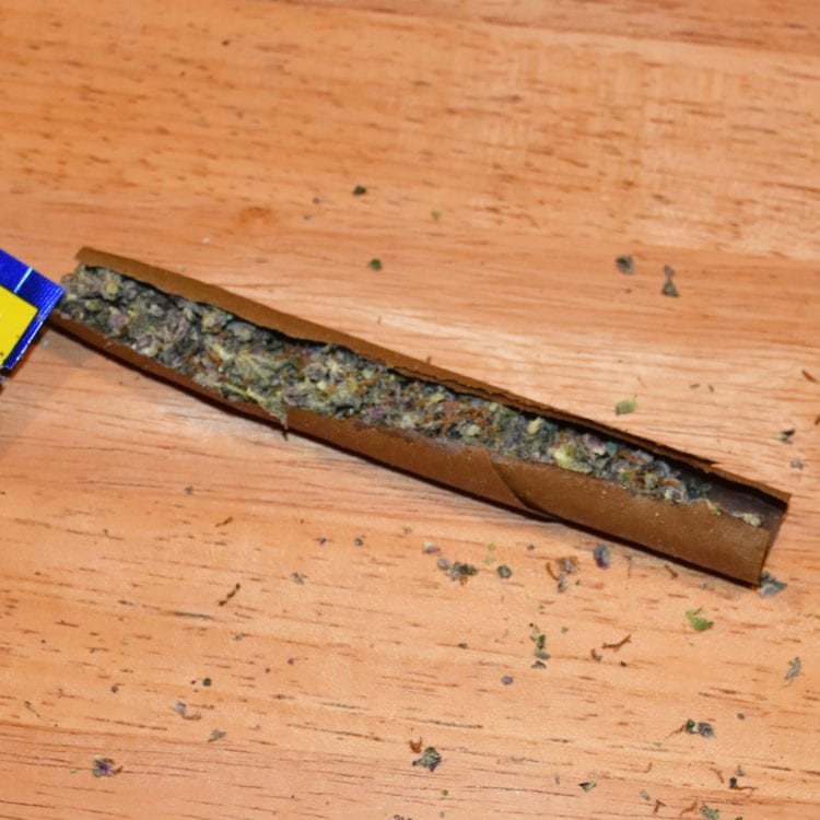 How to roll a blunt 09 Noble Farms